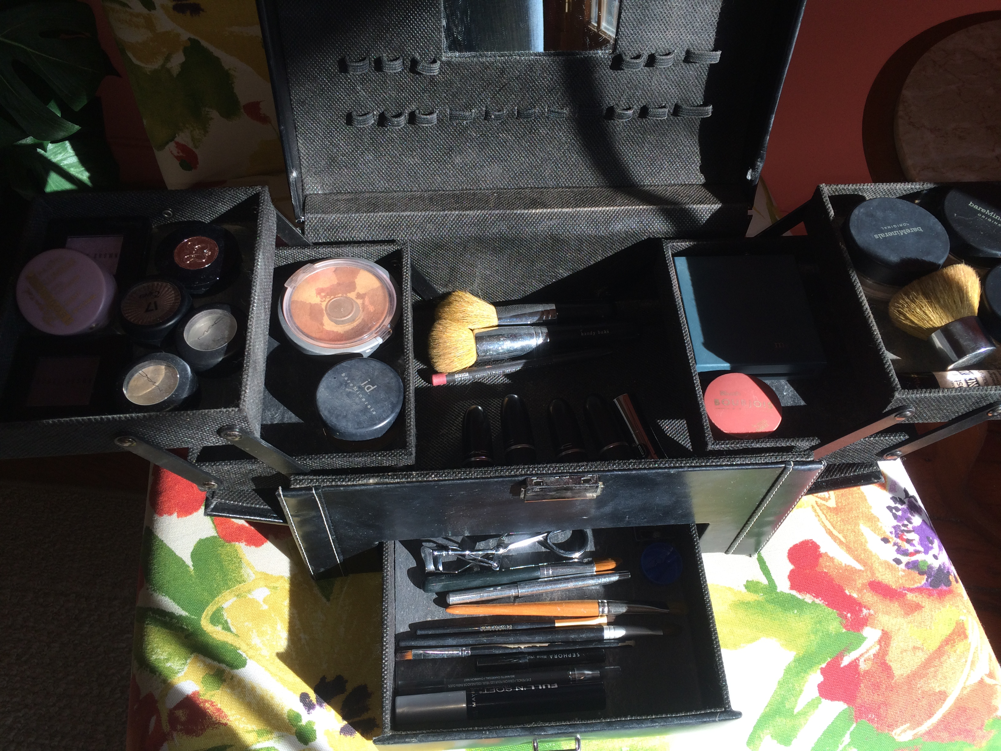 Tips for Organizing Your Makeup