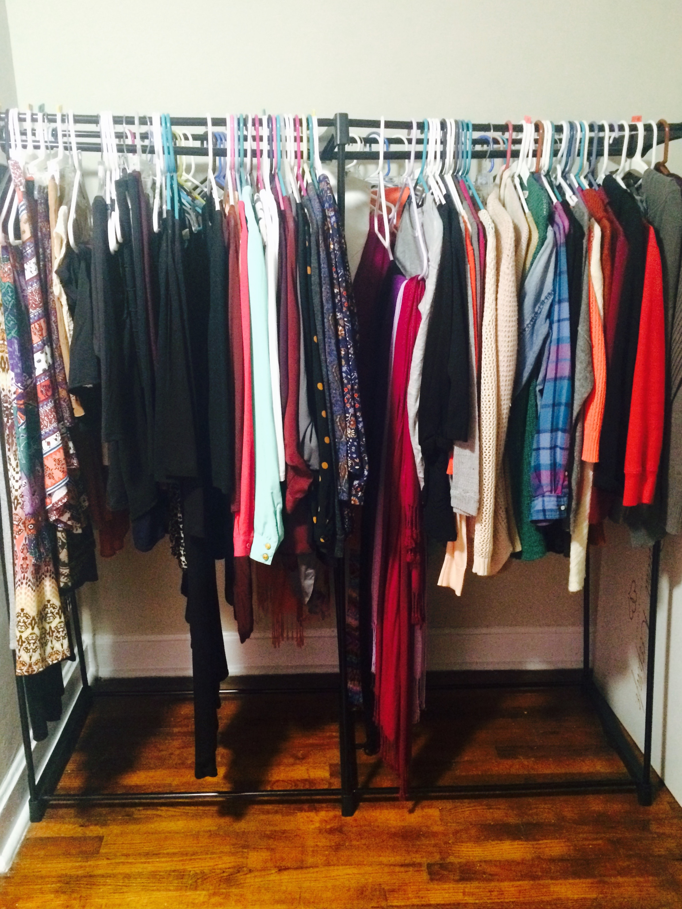 How to Keep Your Clothes Organized When You Have Little or No Closet Space