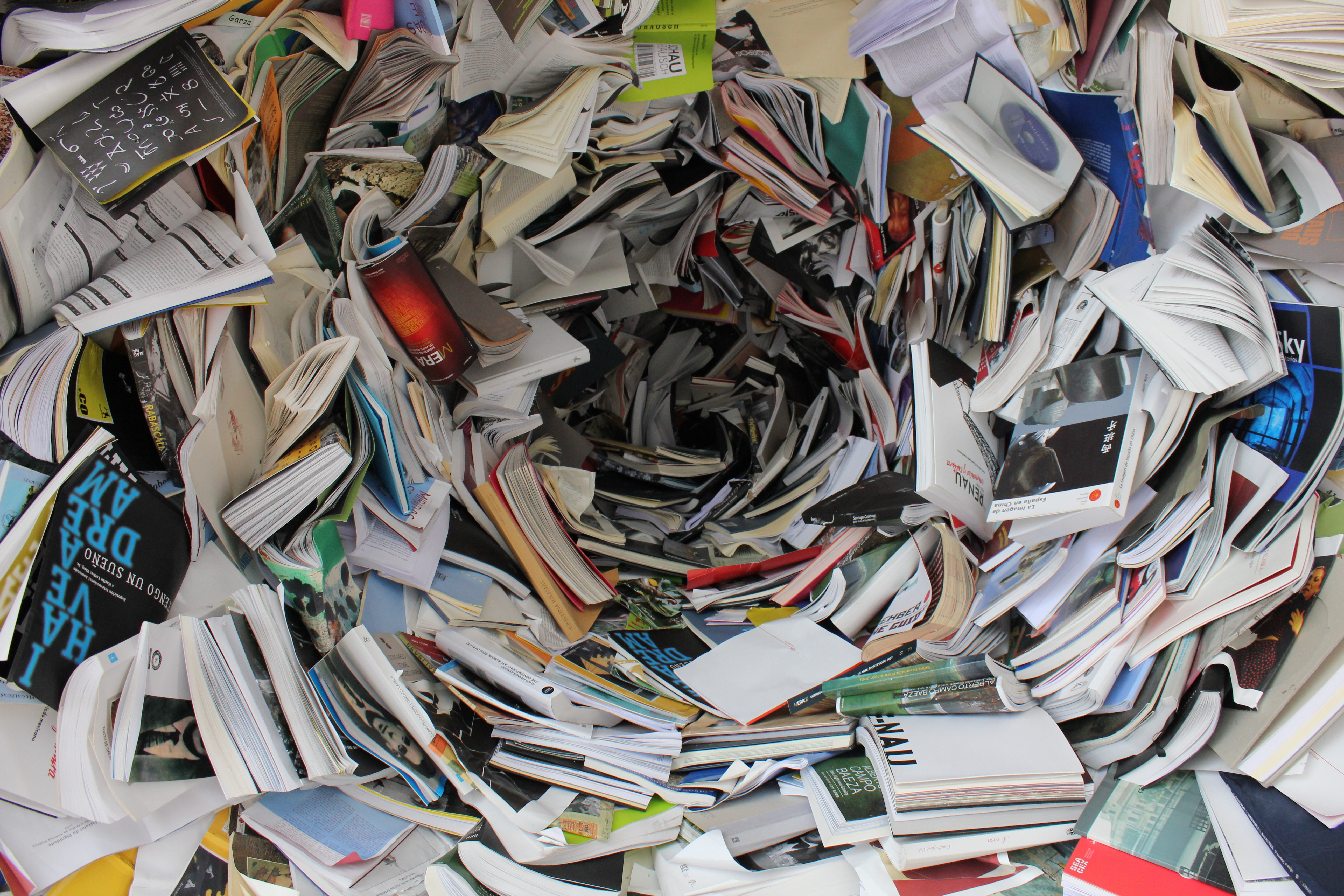 Paper Clutter: What to Toss & What to Keep